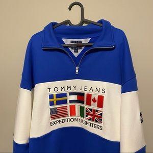 Tommy Hilfiger Outdoors Vintage Capsule Quarterzip Sweatshirt